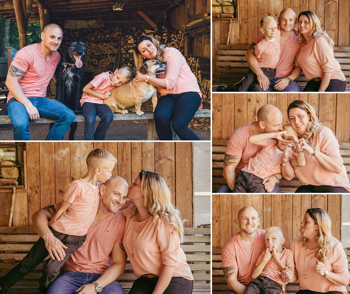 Familienfotos Dresden Mutter Vater Kind und Hunde