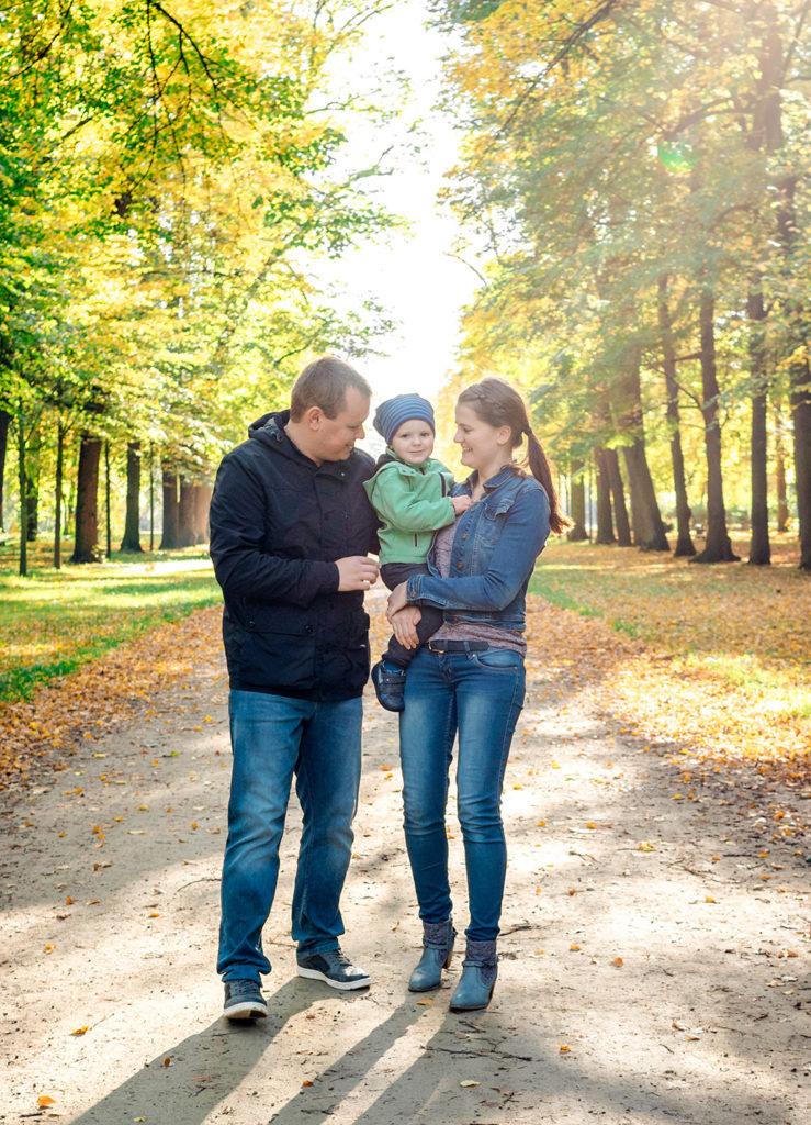 Familienfoto Großer Garten Dresden Mutter Vater Kind