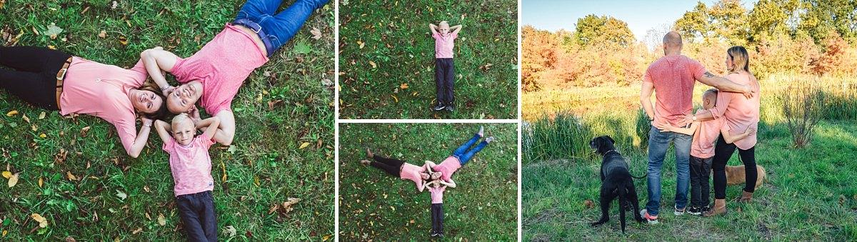 Familienfotos Dresden Familie liegt im Gras